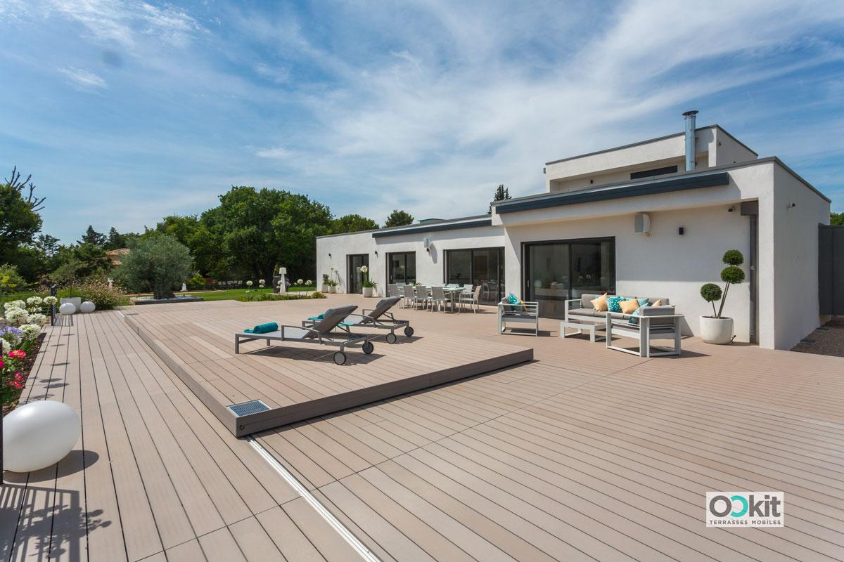 terrasse coulissante piscine fermée